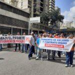 Trabajadores de Sirtrasalud protestaron en la avenida Urdaneta